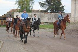 Rajd konny ze stadniny koni Andrzejówka Mechlin